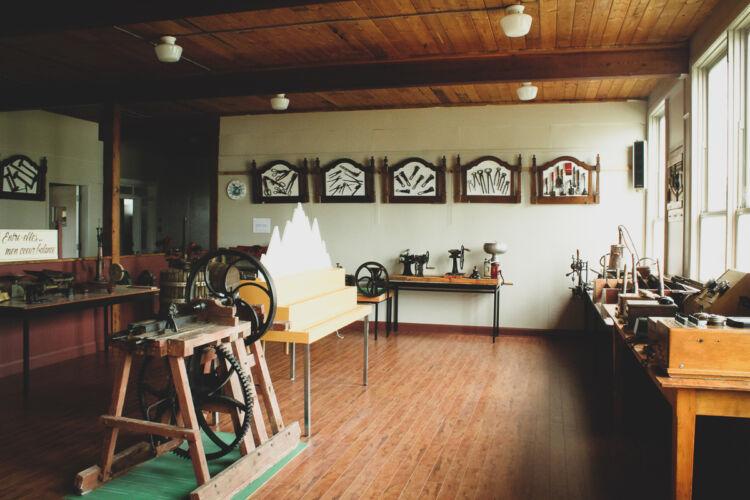 Musée-collection-outils-anciens-st-remi-de-tingwick-10