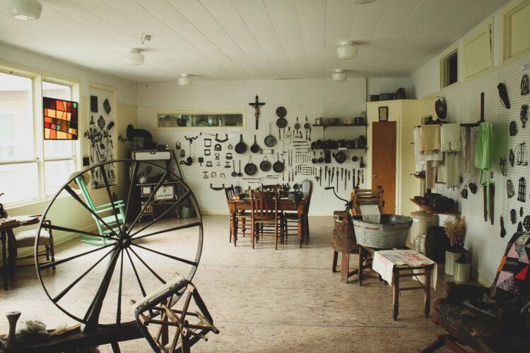 Musée-collection-outils-anciens-st-remi-de-tingwick